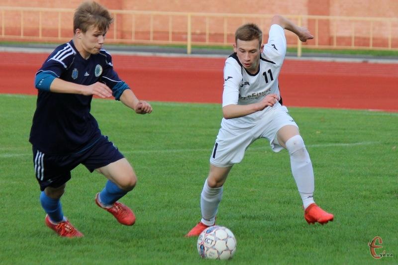 У новому чемпіонаті Хмельницької області з футболу в Прем'єр-лізі гратимуть сім команд. Не буде клубів з Нетішина та Волочиська
