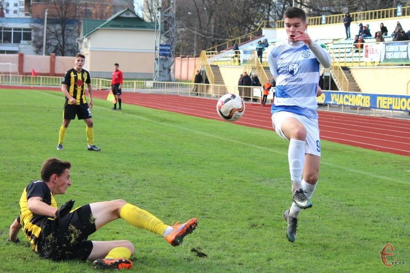 Поділля, яке вдома обіграло Буковину 3:0, поступилася цій команді в Чернівцях з мінімальним рахунком