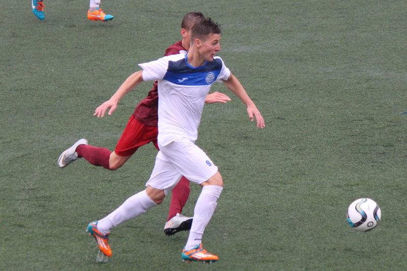 Владислав Чуловський у чотирьох матчах відзначився трьома голами