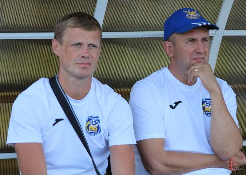 Свій наступний матч команда Андрія Донця (ліворуч) та Ігоря Шишкіна зіграє 15 квітня в Волочиську