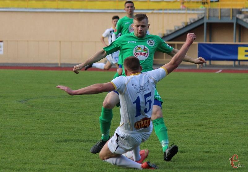 Красилівський Случ, вигравши в Хмельницькому, очолив турнірну таблицю