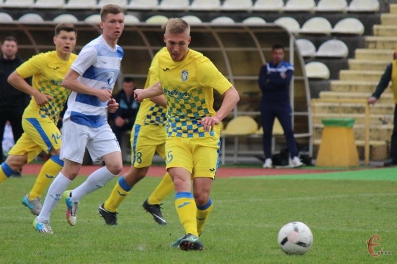 Віталій Груша вже забив 14 голів і входить до трійки кращих бомбардирів другої ліги