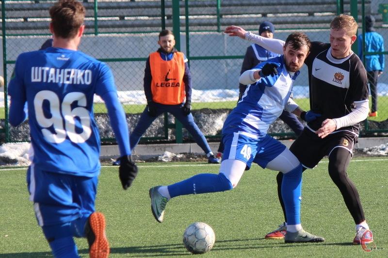 Після двох змагальних днів серед лідерів Кубку дві команди хмельницького