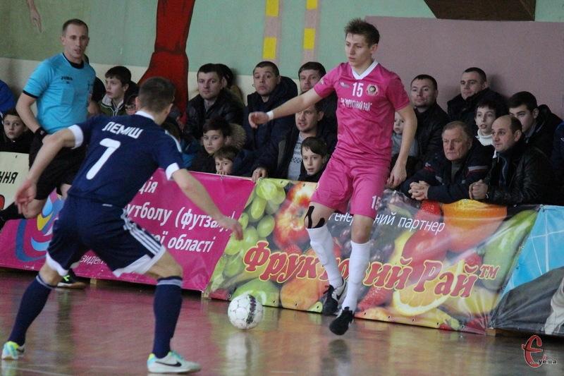 Андрій Лисенко, який пропустив два місяці через травму, відсвяткував своє повернення двома забитими голами