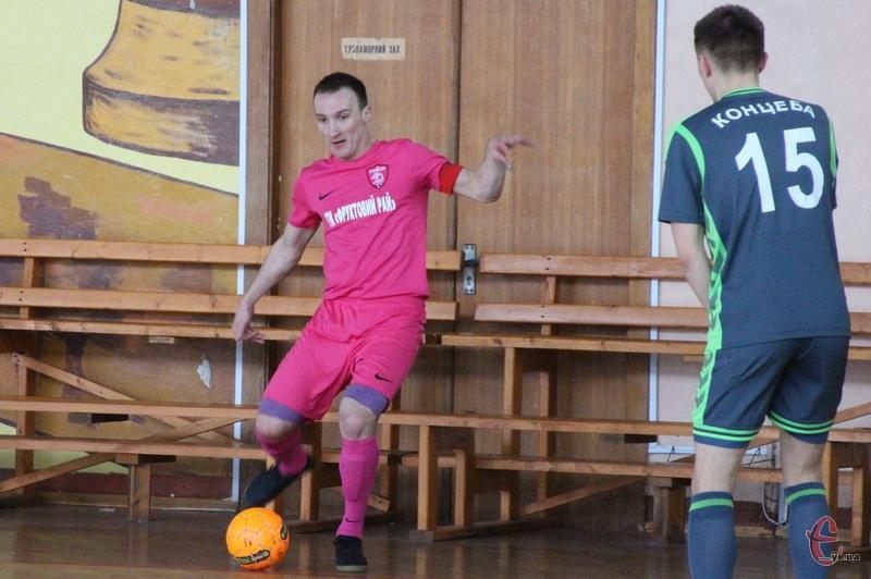 Один із голів гравці Сокола присвятили Руслану Шереметі та його дружині Юлії, в яких напередодні народився син
