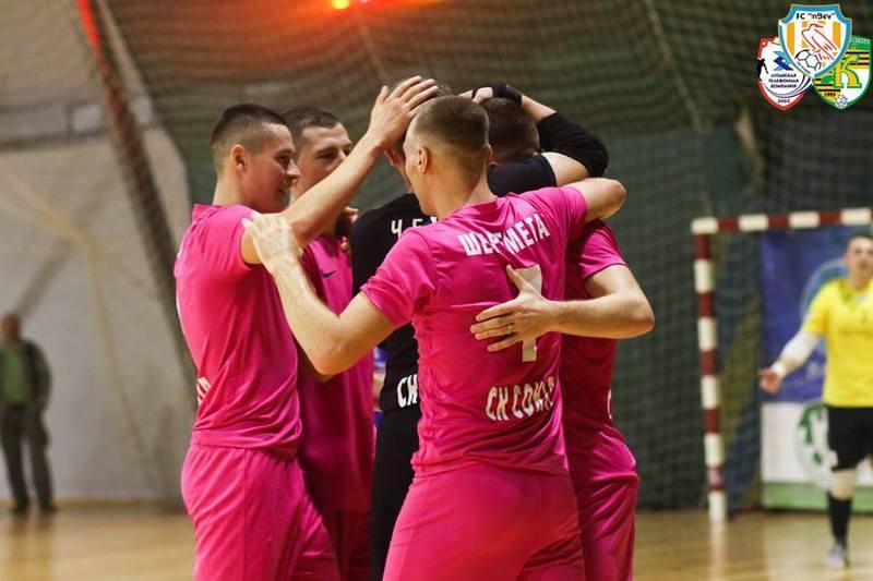 Хмельницький Сокіл виграв 6:1 у стартовому матчі Екстра-ліги в Житомирі