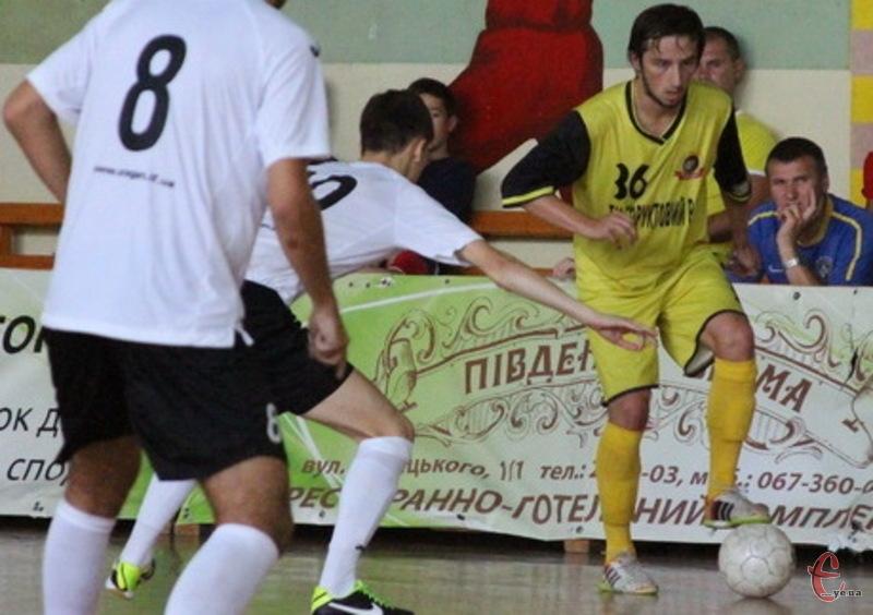 У матчі проти Урагану Олександр Педяш забив дуже гарний гол, а ось у серії пенальті влучив у стійку воріт