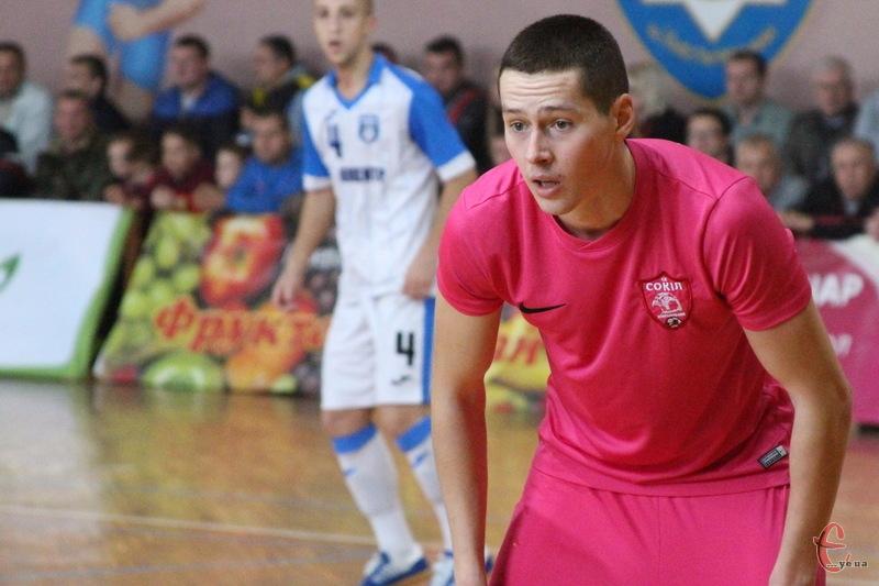 Артур Подлюк у Бельгії відзначився трьома голами у першому контрольному матчі проти клубу Галле-Гоойк