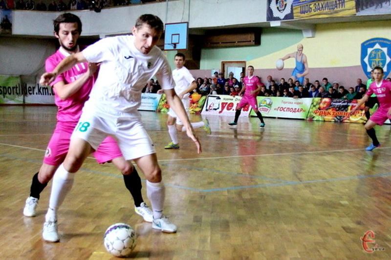 У матчі першого кола Енергія в Хмельницькому перемогла, а ось у Львові вже Спортлідер+ був близьким до перемоги
