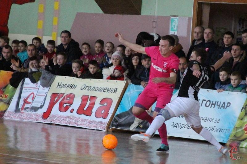 Свій перший домашній матч у новому чемпіонаті хмельницький Сокіл зіграє 23 вересня проти Урагану з Івано-Франківська