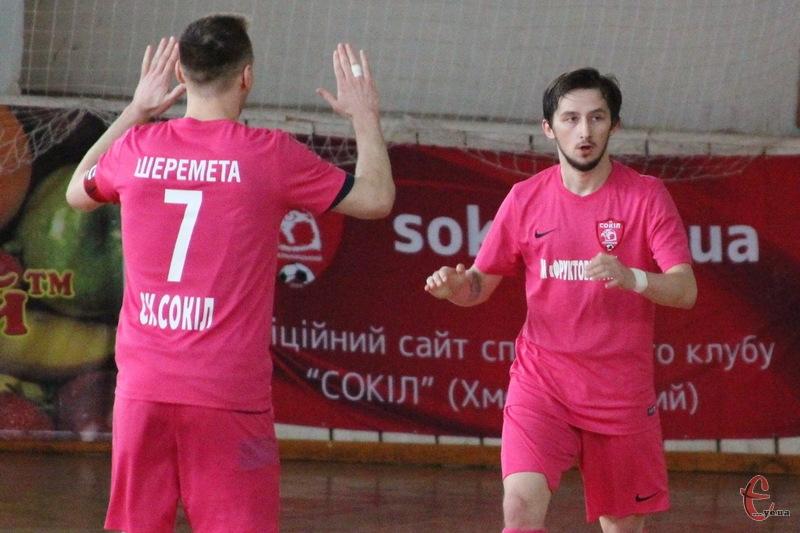 Хмельницький Сокіл продовжує свою безпрограшну серію, забиваючи, в середньому, 5 голів за матч