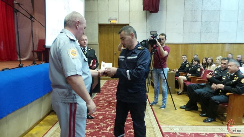 Кращих рятувальників відзначили нагородами