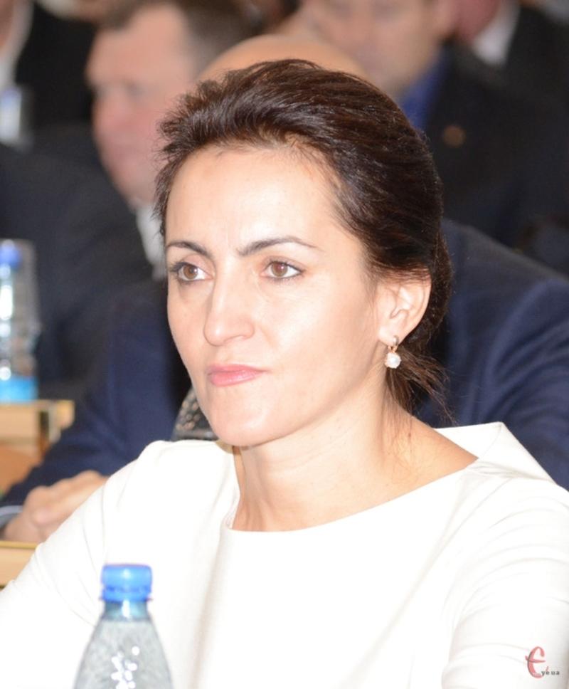 Ніла Островська, голова Красилівської міської об'єднаної територіальної громади