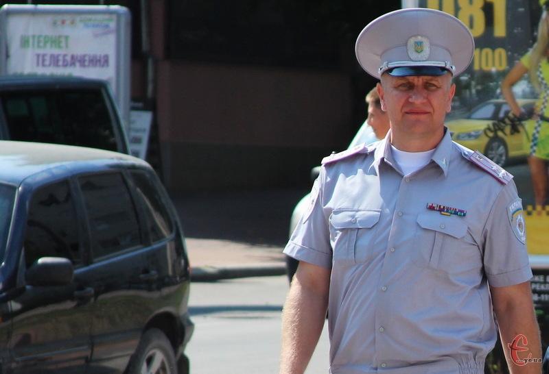 Відтепер начальник управління в МВС у Хмельницькій області Микола Семенишин носитиме погони генерала-майора, а не полковника