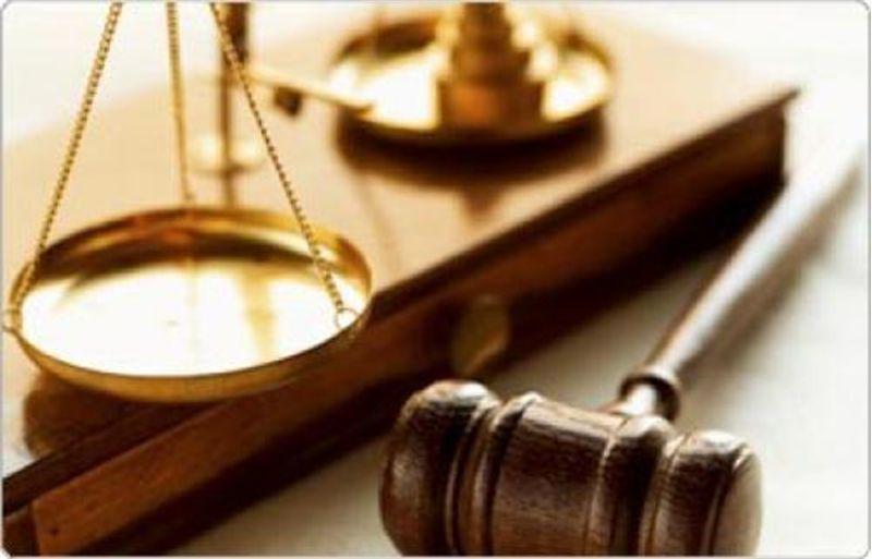 Чиновниця залишила місце свого проживання з метою ухилення від кримінальної відповідальності