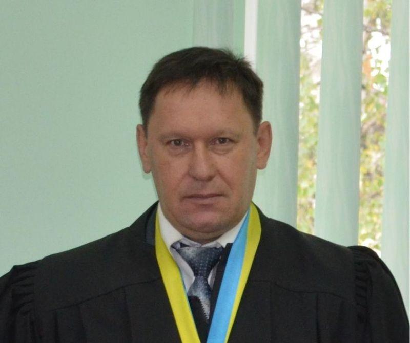 Юрія Сакенова звільнили