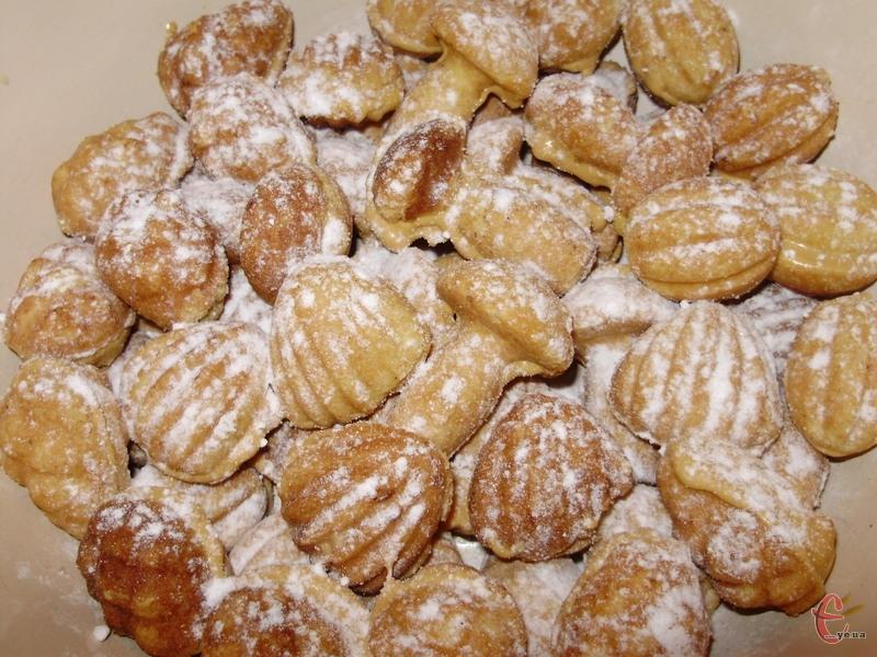 Печиво виходить смачним і розсипчастим, воно просто тане у роті.