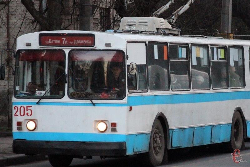 Нічні тролейбуси в Хмельницькому вийдуть на лінію з 1 лютого і працюватимуть до 1 травня