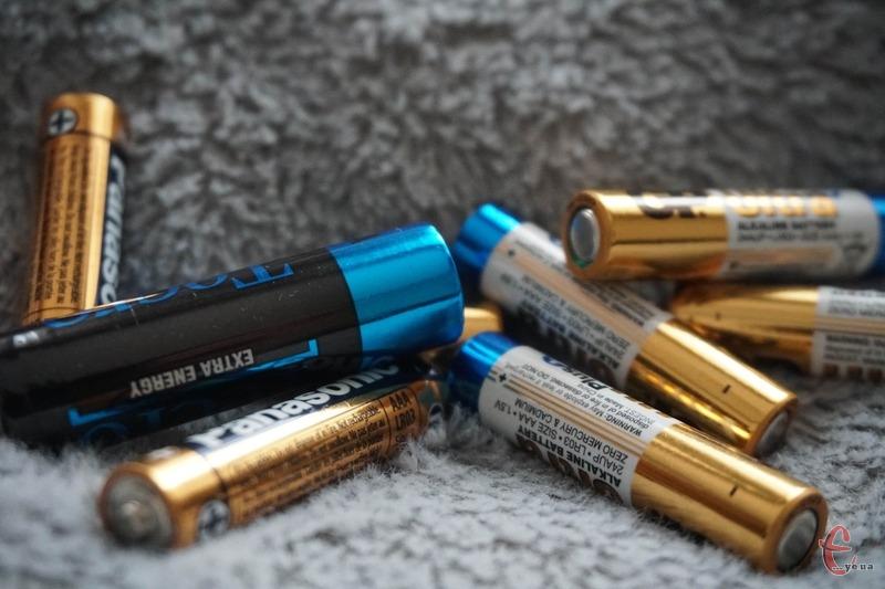 Використані батарейки не можна викидати у загальний контейнер для сміття