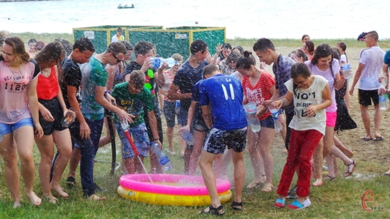 У програмі фестивалю - мокрі війни