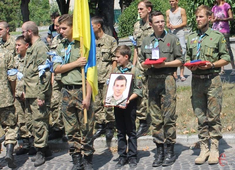 Миколу Гордійчука поховали 25 липня 2015 року.