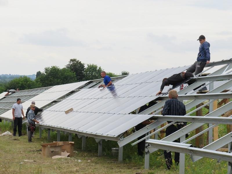 У Старій Синяві виділили понад 10 гектарів під сонячні батареї