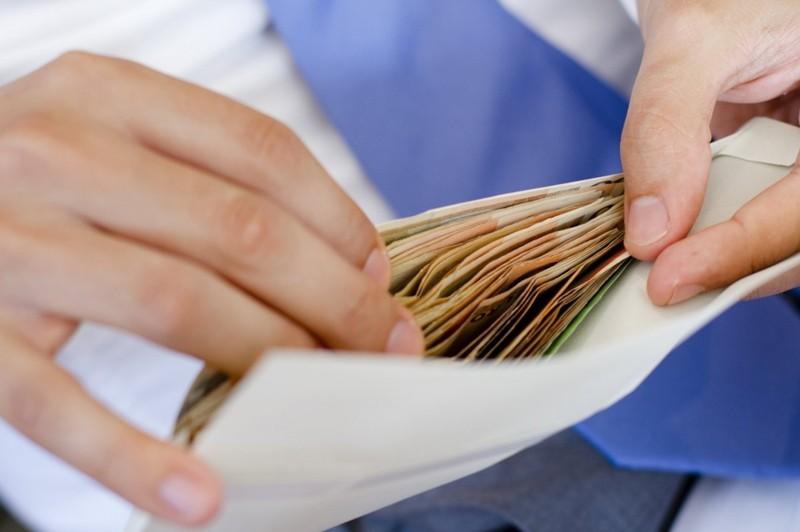 Жінка, повіривши в грошову реформу, втратила декілька десятків тисяч гривень