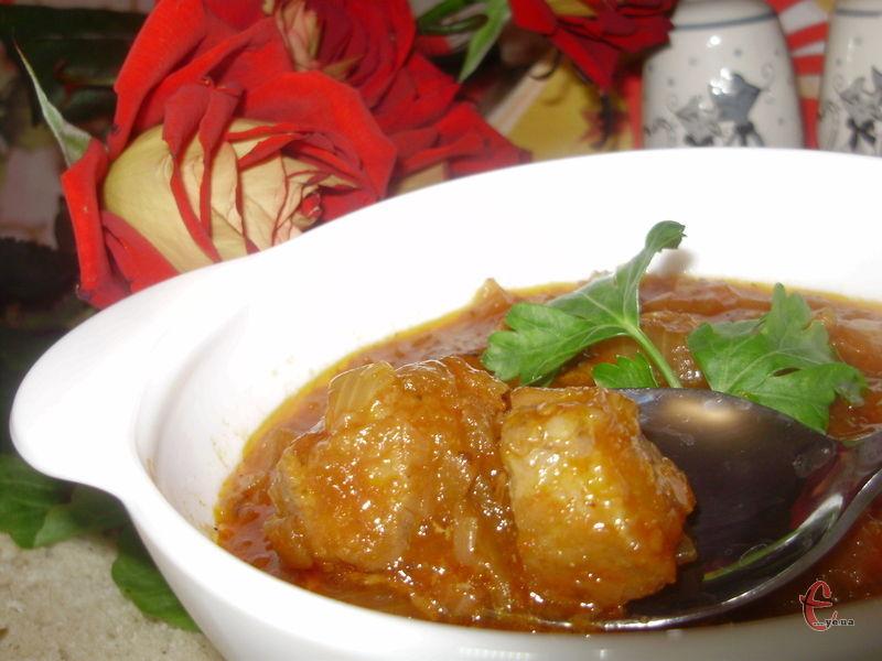 Цей рецепт знайшла в кулінарній книзі «Улюблені страви австрійської кухні» і відтоді часто готую цю смакоту для своїх рідних. М'ясо виходить дивовижно смачним!