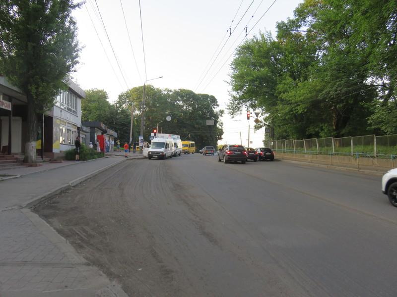 Ввечері 29 червня у Хмельницькому планують перекрити рух транспорту на ділянці на вулиці Степана Бандери поблизу перехрестя з проспектом Миру