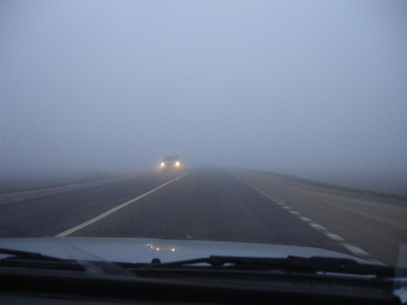Водіїв закликають бути максимально обережними на дорогах