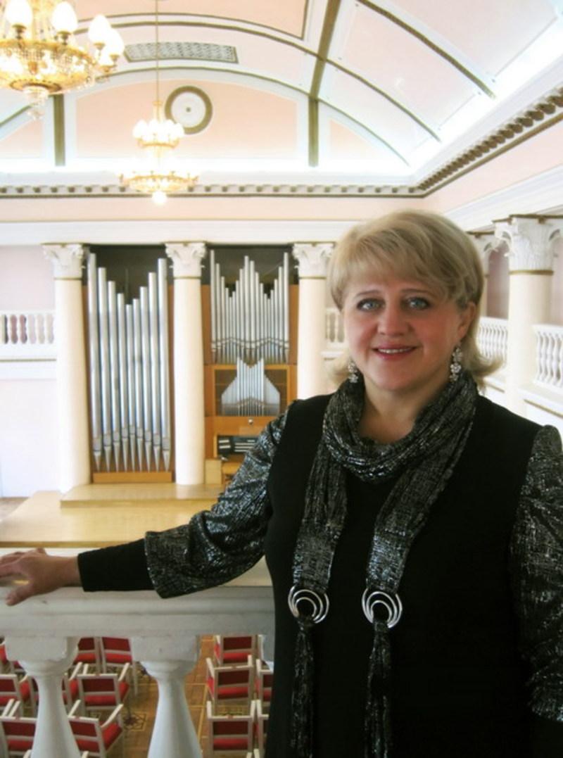 На органі гратиме Наталія Молдован