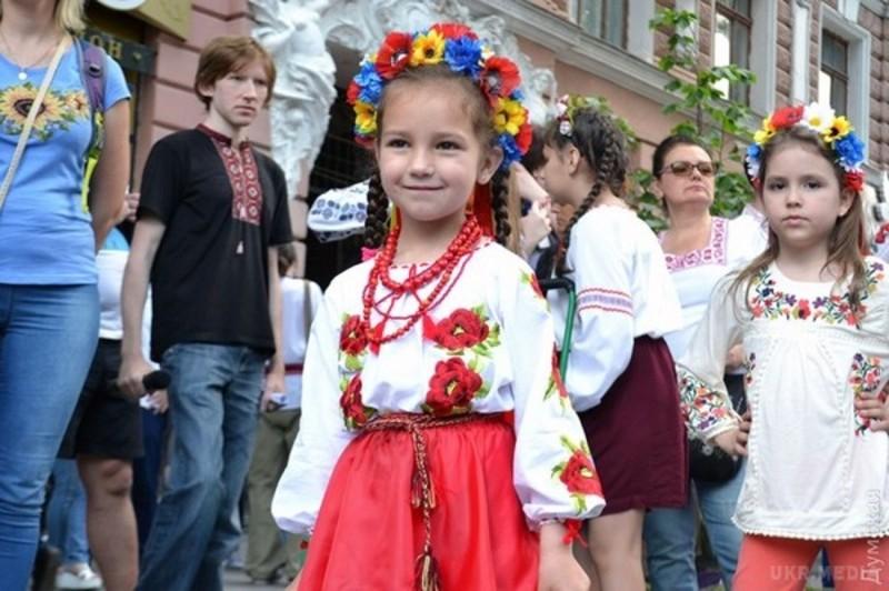 Завтра в Україні відзначають День вишиванки