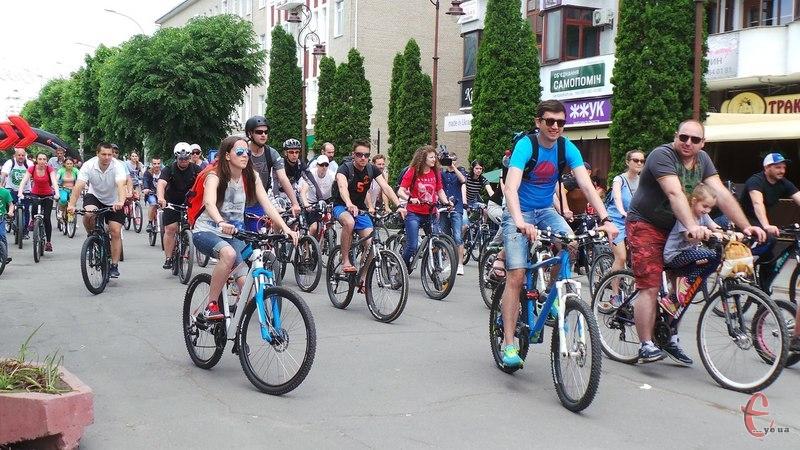 """Містян запрошують взяти участь у всесвітній акції """"30 днів на велосипеді"""""""