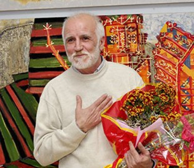 Народився митець в Приморському краю, але більше 30 років живе у Хмельницькому