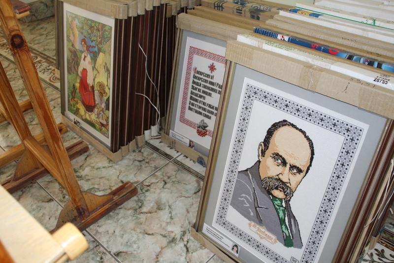 Виставка творчих робіт 77 вишивальниць із Полтавщини та міста Канева пройде в приміщенні Хмельницької міської ради