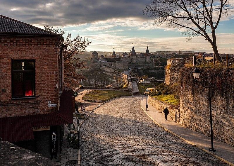Вид на фортецю (місто Кам'янець-Подільський) - знімок обласного переможця Максима Присяжного (2017 рік)