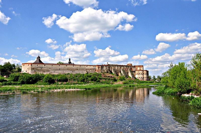 Меджибізька фортеця — найстаріша з усіх, що є на землях Поділля