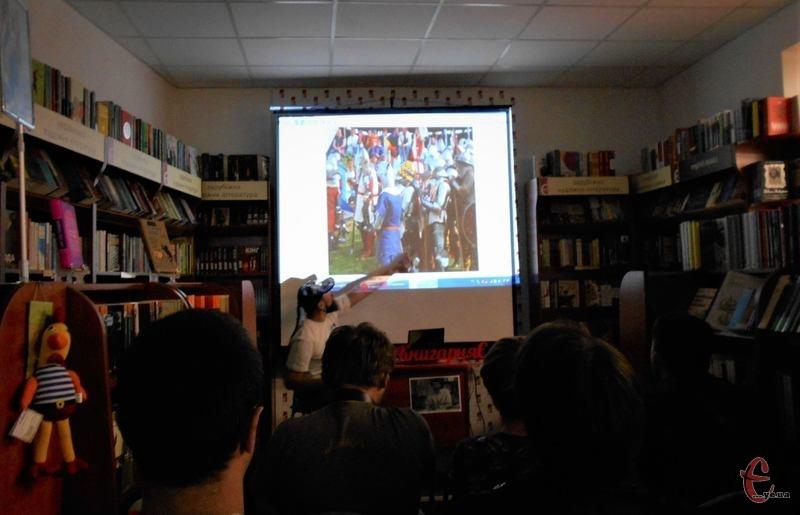 Натхненні книгами, організатори середньовічних боїв звернулися до історичного минулого України
