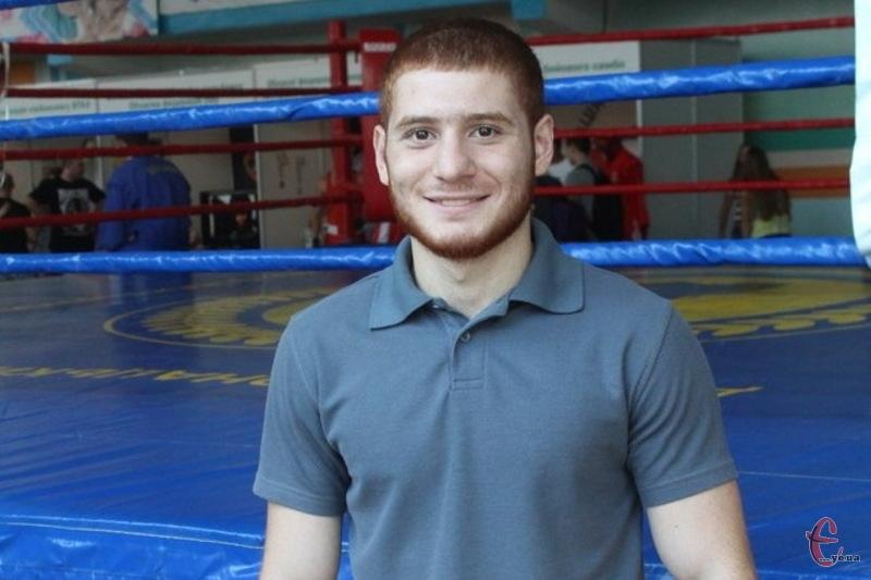 Мгер Оганесян здобув титул чемпіона України з боксу