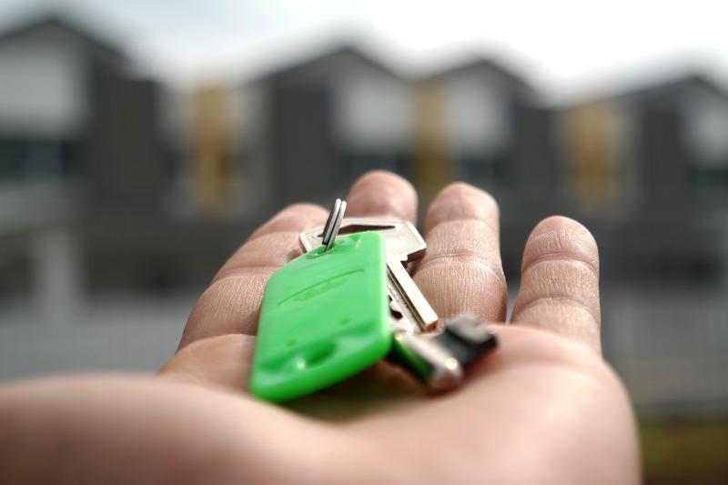 Місцевого мешканця судитимуть за привласнення двокімнатної квартири померлої хмельничанки