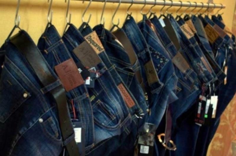 Через вкрадені джинси чоловік може сісти у в'язницю