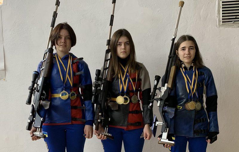 8 медалей привезли хмельницькі спортсменки з Чемпіонату України з кульової стрільби