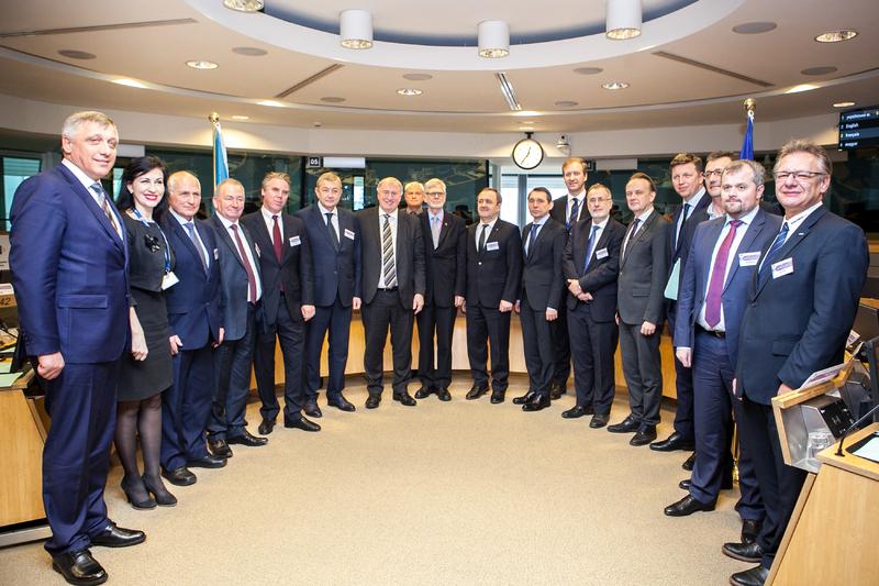 Від України до Брюсселю, разом із представниками Мінрегіону поїхали і голови двох облрад та трьох ОТГ.