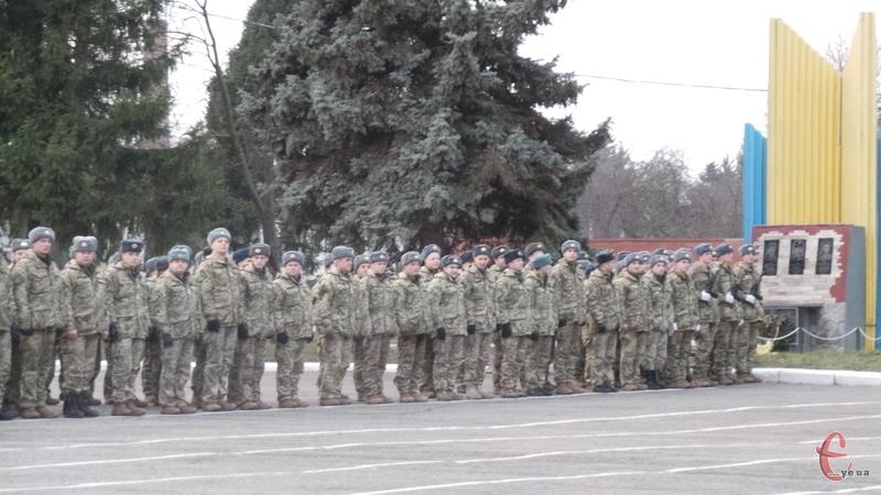 Військовослужбовці після навчання відправляться у військові частини