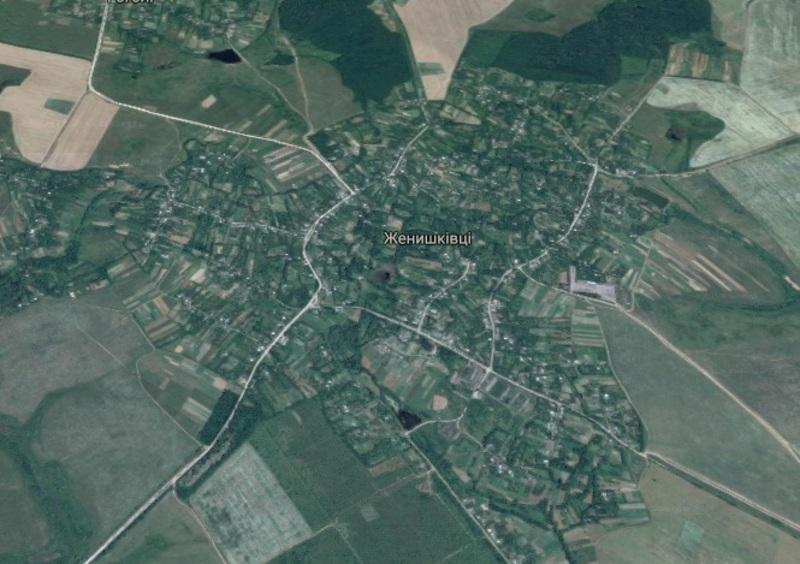 У комплексі із земельними ділянками, надано в оренду водний об'єкт, розташований на території Женишковецької сільської ради Віньковецького району.