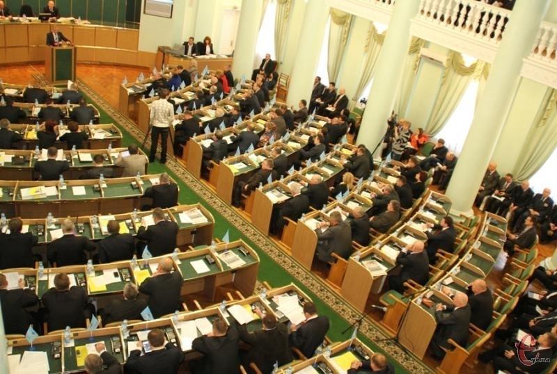 Рішенням сесії облради підприємству незаконно передали в оренду землю на території Дунаєвецького району строком на 18 років