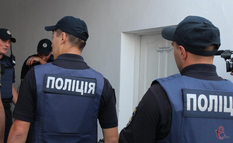Партульні поліцейські ще не отримали скаргу від херсонського Кристалу. Принаймні, так говорять у поліції