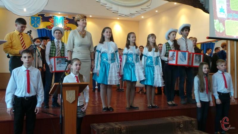 У школі №9 відзначили 70-річницю з дня створення