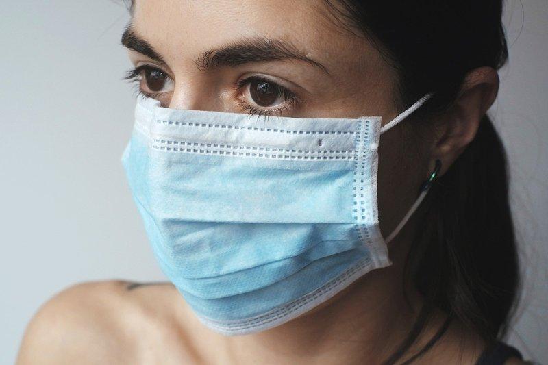 Правоохоронці та «Муніципальна дружина» мають контролювати носіння захисних масок у громадських місцях