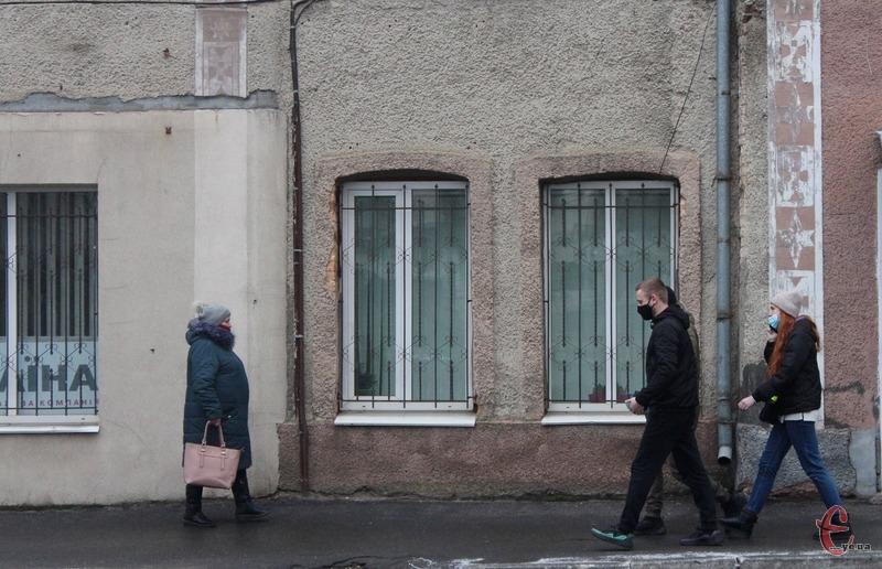 Передбачено, що в Україні правила посиленого карантину діятимуть до 24 січня